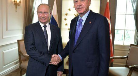 Putin pozvao Erdogana u posjet Rusiji dok Turska napreduje u Siriji