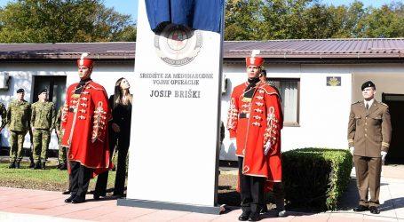 Središte za međunarodne vojne operacije preimenovano u čast Josipu Briškom