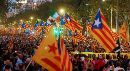 Barcelona poziva na pregovore, a Madrid poručuje da neće tolerirati nasilje prema policiji