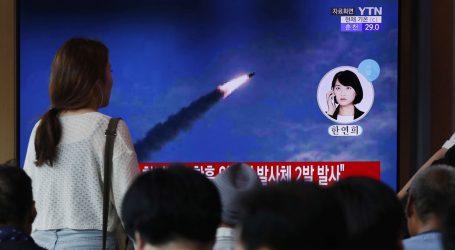 Sjeverna Koreja ispalila balistički projektil, vjerojatno iz podmornice