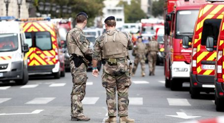 Protuteroristički dužnosnici preuzeli istragu napada na parišku policiju
