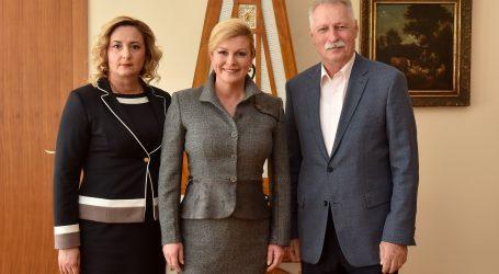 Predsjednica primila predsjednike Sindikata hrvatskih učitelja i Nezavisnog sindikata zaposlenih u srednjim školama