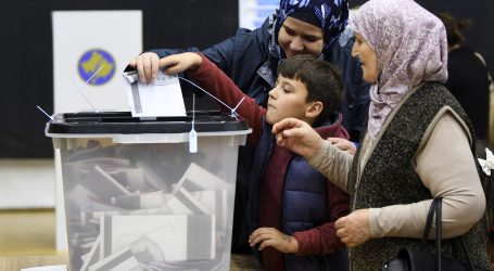 Na parlamentarnim izborima na Kosovu vodi Samoodređenje Albina Kurtija