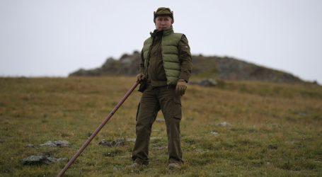 Putin smatra da strane vojne snage moraju napustiti Siriju