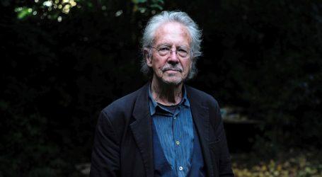 Pokrenuta peticija da se Handkeu oduzme Nobelova nagrada