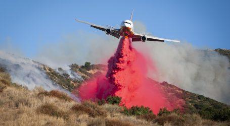 U požaru blizu Los Angelesa dvoje mrtvih, 100.000 evakuirano