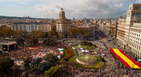 Oko 10.000 zagovornika cjelovite Španjolske promarširalo Barcelonom