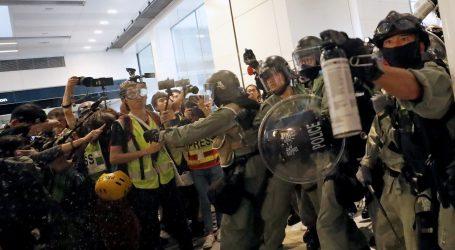 Hong Kong: Deseci tisuća osoba ponovo na ulici