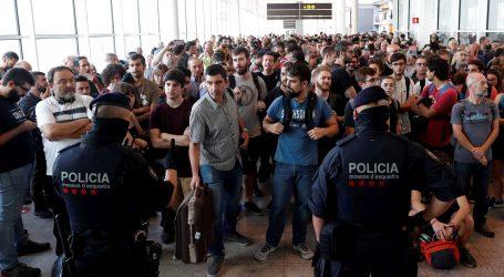 Prosvjednici u Kataloniji nastoje zauzeti aerodrom u Barceloni