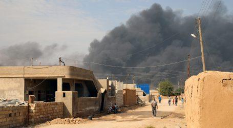Kurdski borci kažu da su se povukli iz grada na granici s Turskom