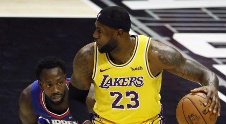 NBA: LeBronovi Lakersi nemilosrdno gaze