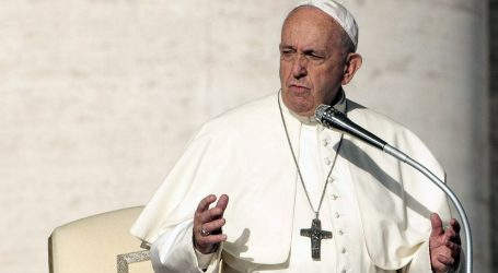"""Papa želi da se zaustave """"predatori"""" koji uništavaju Amazoniju"""