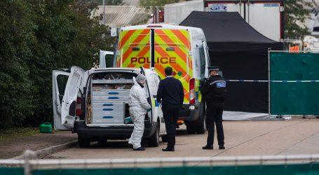 Britanija šokirana tragičnom smrću 39 migranata u kamionu hladnjači