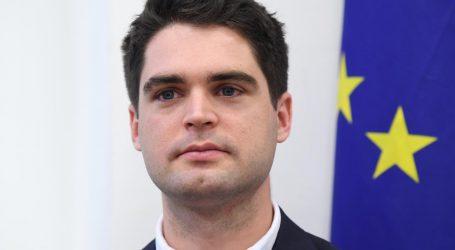 Ressler smatra da bi glasanje SDP-ovih europarlamentaraca protiv Komisije bilo nelogično