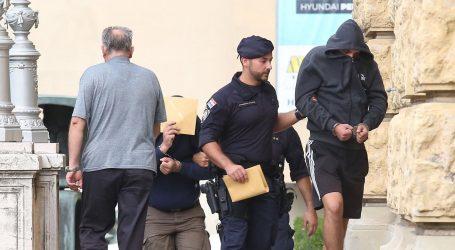 Na slobodu puštena sedmorica napadača na Srbe u Uzdolju
