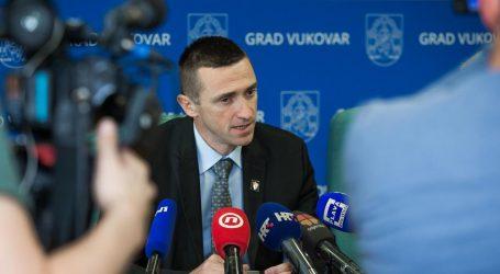 """PENAVA: """"Nisu se stekli uvjeti za ravnopravnu upotrebu ćirilice u Vukovaru"""""""
