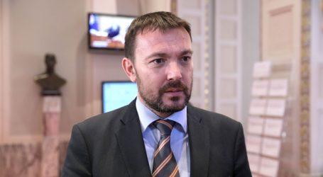 """BAUK: """"Problem ćirilice treba riješiti Ustavni sud, a ne Gradsko vijeće Vukovara"""""""