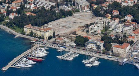 'Ministar Butković poništenjem natječaja želi Ivanu Čermaku omogućiti preuzimanje Marine Zadar'