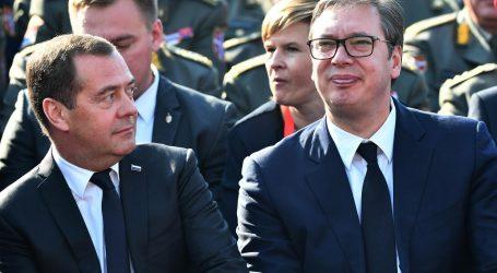 Medvedev doputovao u Srbiju na obilježavanje 75. godišnjice oslobođenja Beograda