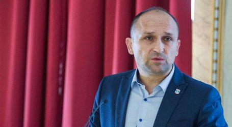 Izvor blizak vrhu Vlade: 'Anušić dezinformira javnost, nisu zakopane ratne sjekire između Plenkovića i Brkića'
