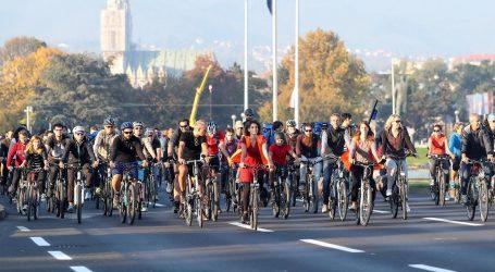 """Prosvjed Sindikata biciklista pod geslom """"Kako propisno voziti po nepropisnoj infrastrukturi"""""""