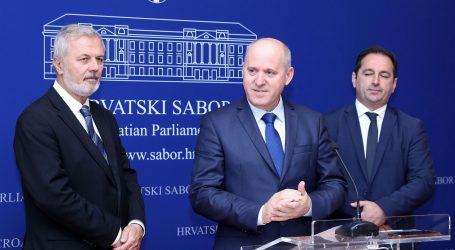 HDZ traži Bernardićevu ostavku, na konferenciji ismijali antikorupcijsku koaliciju