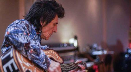 Gitarist Ronnie Wood u dokumentarcu opisuje svoj život s ovisnostima