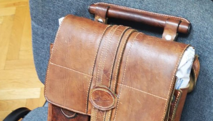 Stevo Culej opet u posjedu žućkaste kožne torbe pune sočne dokumentacije
