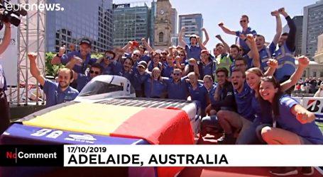 VIDEO: Pobjeda i problemi na utrci solarnih automobila u Australiji
