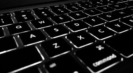 FELJTON: Depresija na Facebooku i razvodi na Twitteru