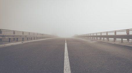 Magla smanjuje vidljivost, pojačan promet u gradovima