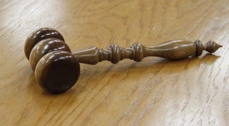 Donesena presuda zaštitaru iz Kaštela koji je brutalno pretukao djevojku