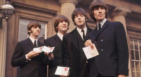 Prije točno 40 godina John Lennon je vratio titulu MBE britanskoj kraljici Elizabeti II