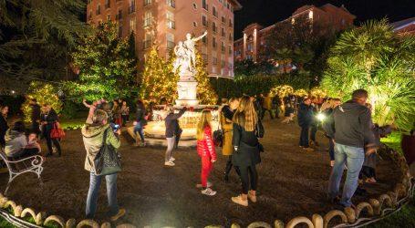 Svečanim paljenjem lampica počeo Advent u Opatiji