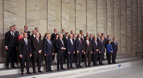 Njemačka upozorila Francusku da ne potkopava NATO savez