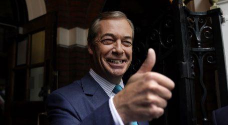 Farage pozvao Johnsona da sklope predizborni savez za Brexit