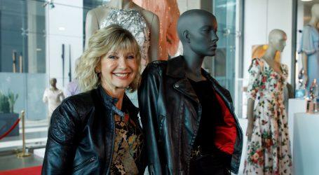 """Olivia Newton-John prodaje na dražbi odjeću iz """"Briljantina"""""""