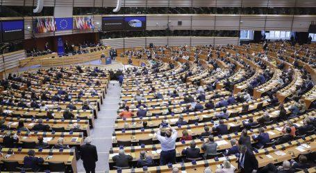 Oštra rasprava u EP o stanju s migrantima u BiH, hrvatski zastupnici odbacuju navode o nasilnom vraćanju