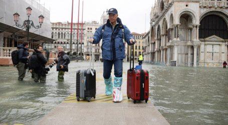 Ponovno plimni val u Veneciji, zatvoren Trg svetog Marka