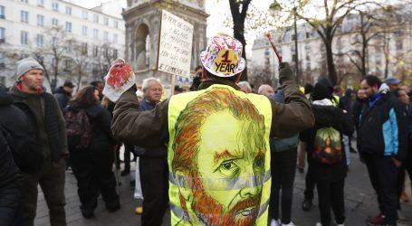 """FRANCUSKA Mirni prosvjedi """"žutih prsluka"""""""