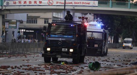 HONG KONG: Stotinu studenata još zabarikadirano na Politehničkom sveučilištu
