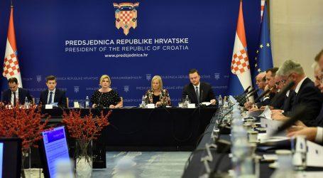 Predsjednica Grabar Kitarović objavila preporuke za fiskalnu decentralizaciju