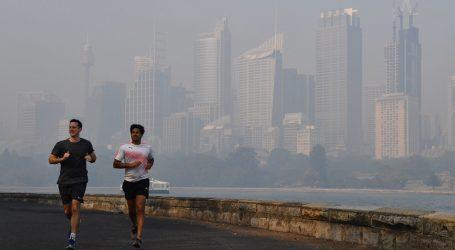 Dim obavio Sydney, upozorenja o požarima izdana diljem Australije