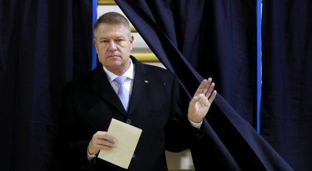 Rumunjski predsjednik Iohannis dobiva drugi mandat