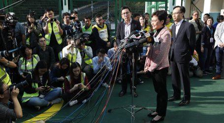 Carrie Lam ne popušta, unatoč debaklu na izborima