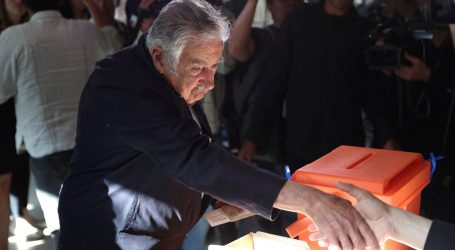 Urugvajci na biralištima, nakon 15 godina ljevice kandidat desnog centra favorit
