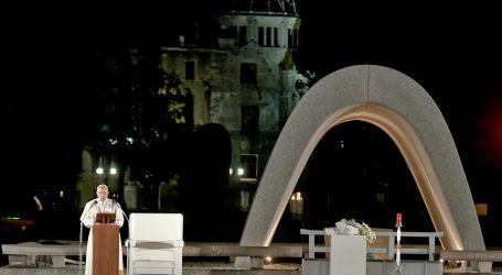 Papa odao počast žrtvama u Hirošimi, pozvao svijet da se oslobodi nuklearnog oružja