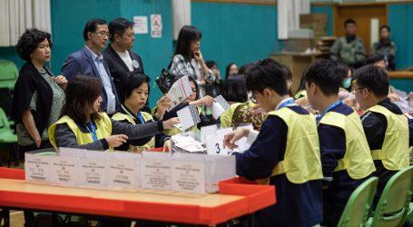 Na izborima u Hong Kongu rekordan odaziv nakon više mjeseci prosvjeda