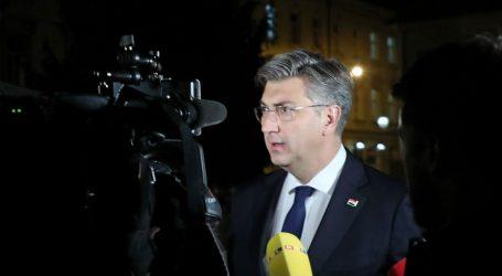 """Plenković: """"Vlada sindikatima nudi rješenje koje treba vratiti djecu u škole"""""""