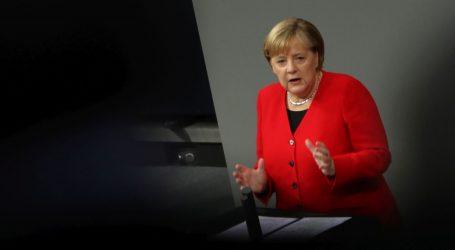 Merkel kaže da Njemačka treba preuzeti veću odgovornost u NATO-u